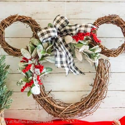 This Easy Grapevine Wreath is a Fun Mickey Christmas Wreath