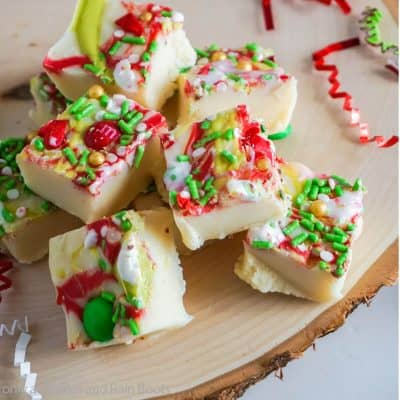 Make This Easy Grinch Fudge for a Fun Christmas Fudge Twist!