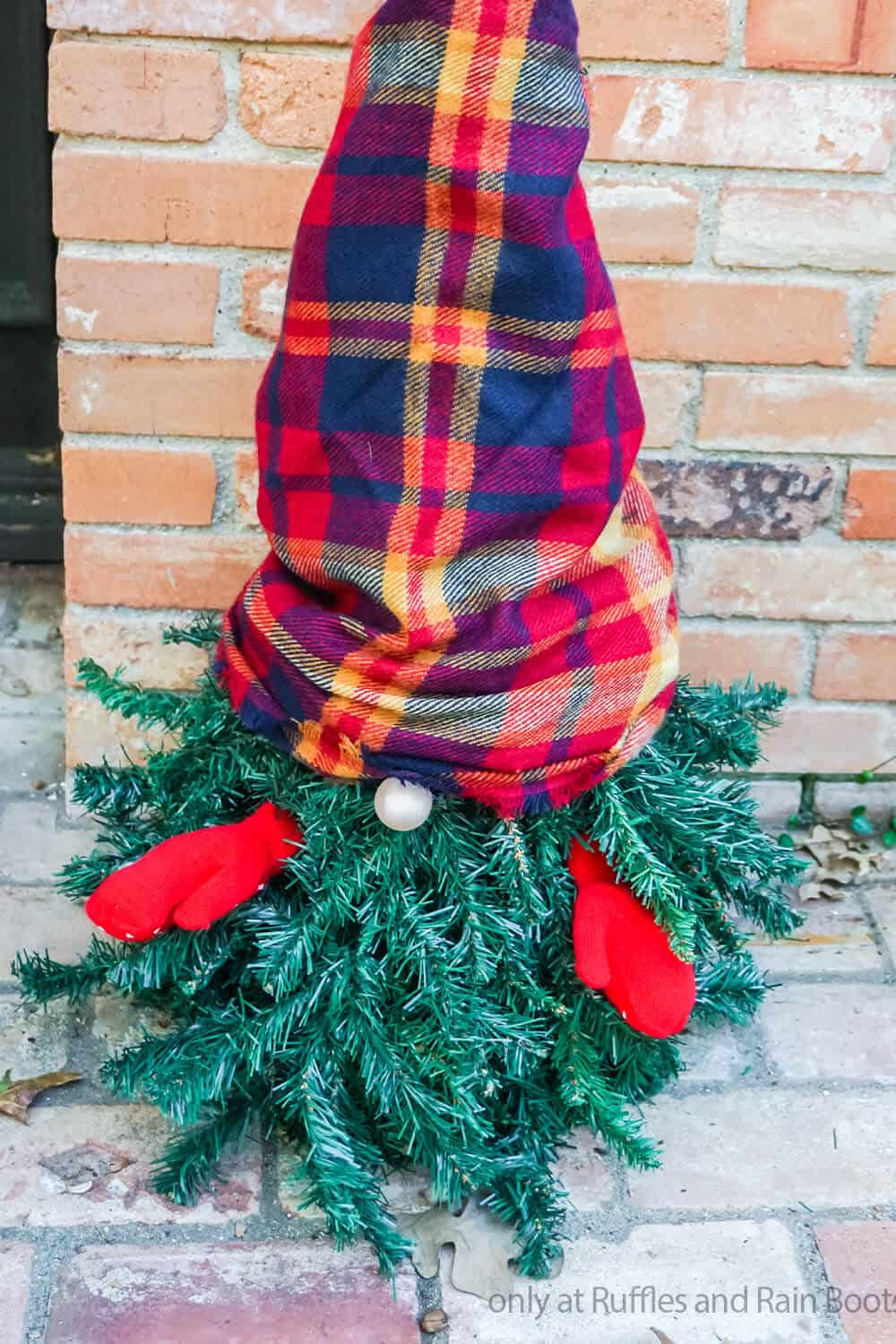 evergreen tomte tutorial to make a gnome from a christmas tree