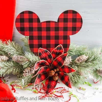 Make this Farmhouse Mickey Centerpiece or Mantle Decor in Minutes!