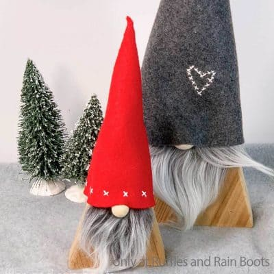 You Can Make These Nordic Wood Gnomes In Just a Few Minutes!