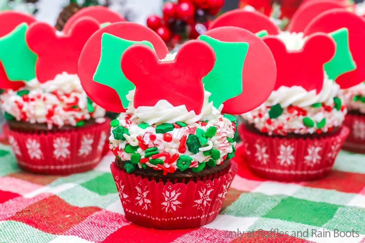 mickey holiday cupcakes with holly fondant ears