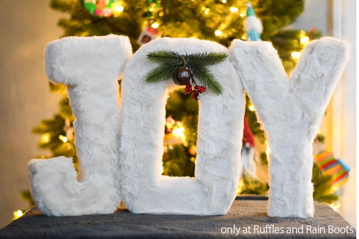 diy holiday letters made with faux fur