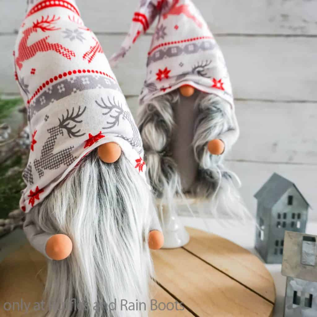no-sew pattern for christmas gnome