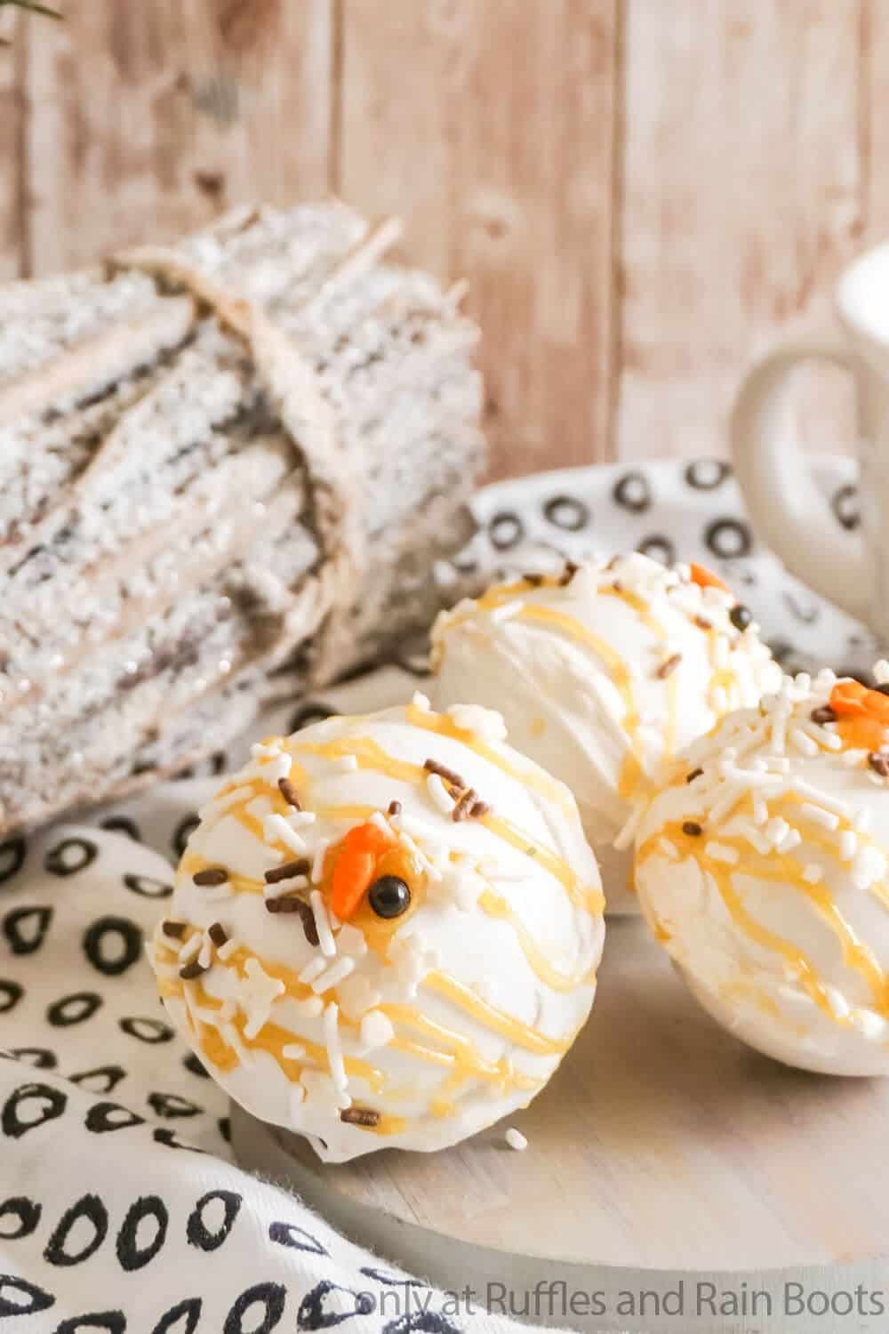 hot chocolate bomb recipe with snowman sprinkles