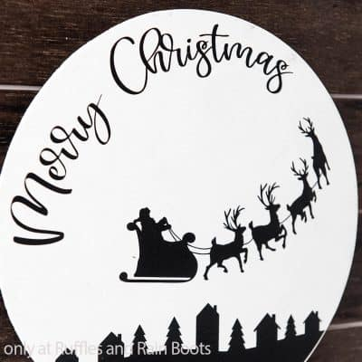 This Merry Christmas Wood Round Sign is a Quick Holiday Craft!