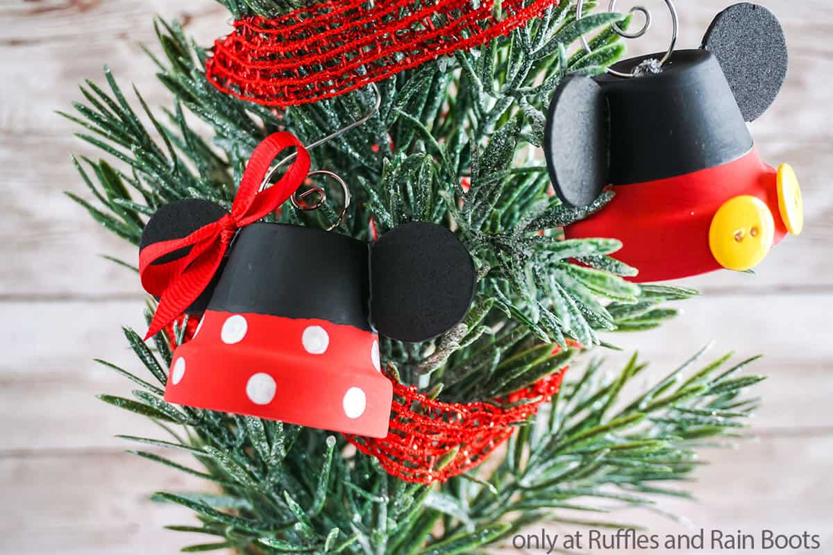 kids craft for christmas minnie ornament