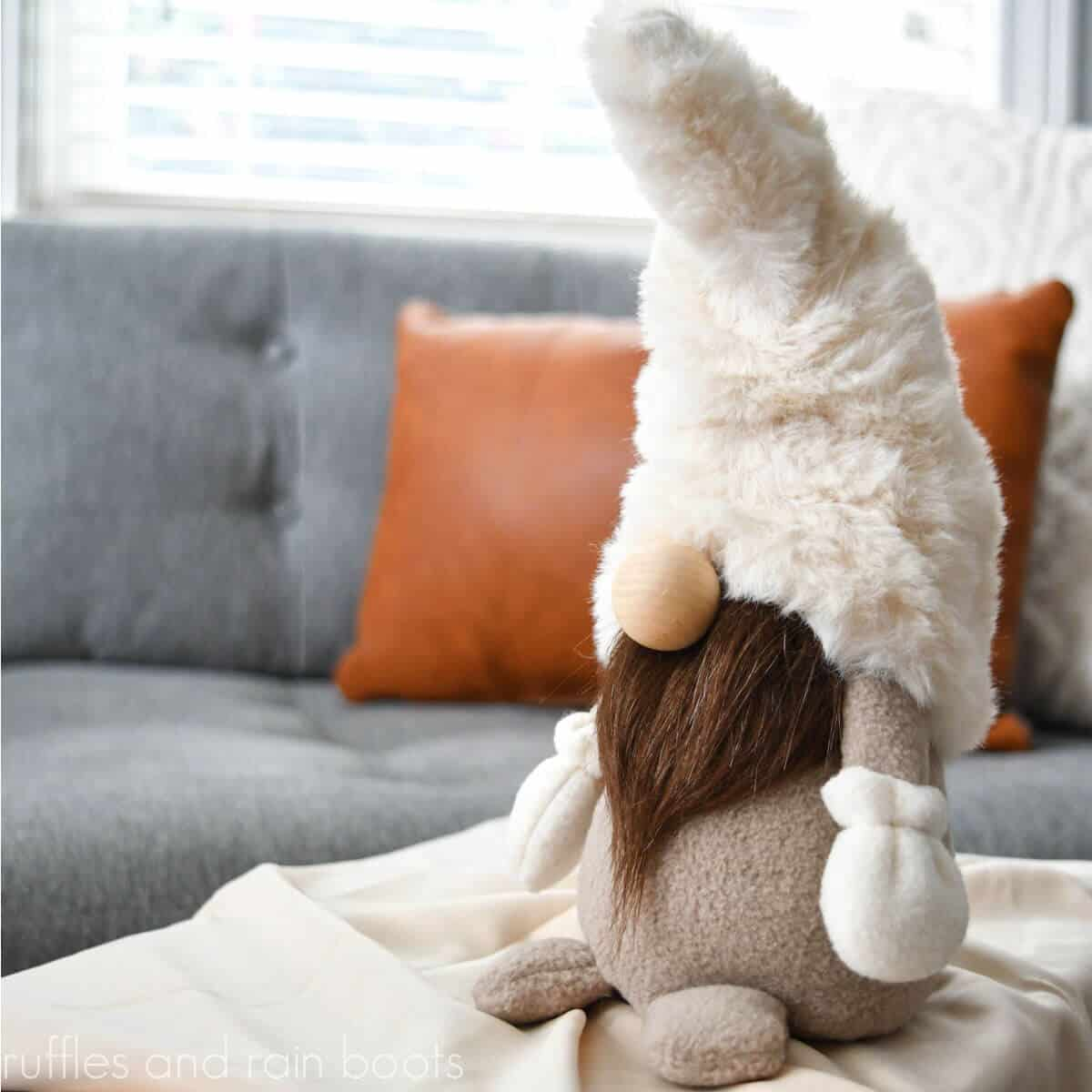 farmhouse gnome pattern