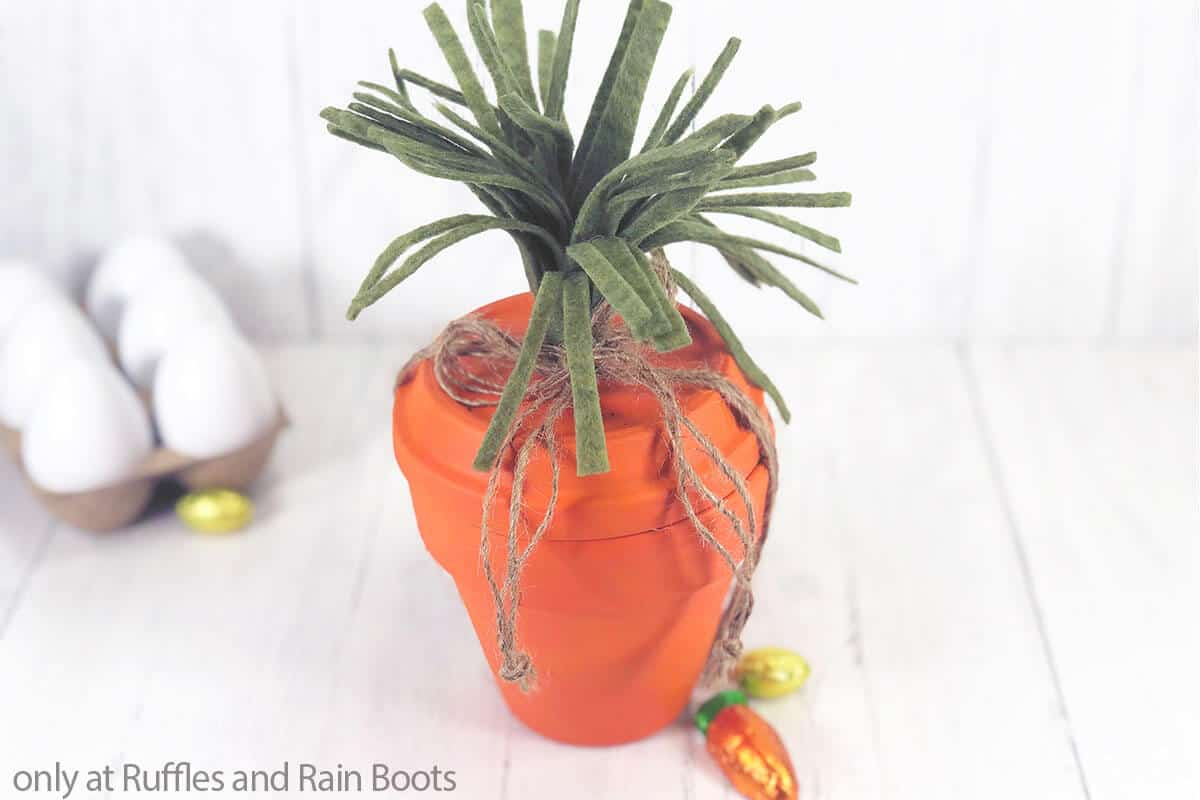 carrot craft for easter clay pot