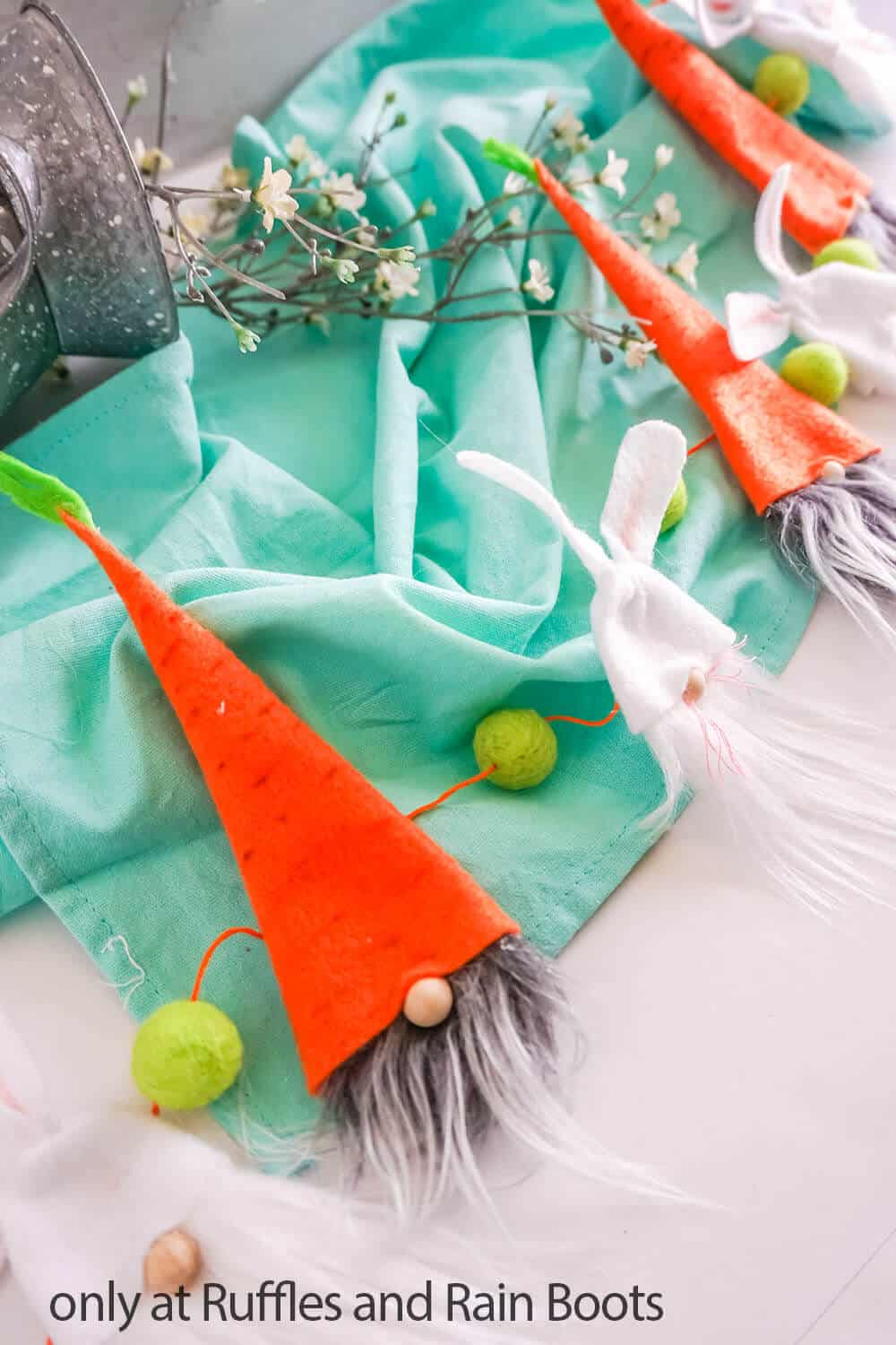 spring gnome pattern to make a garland for easter