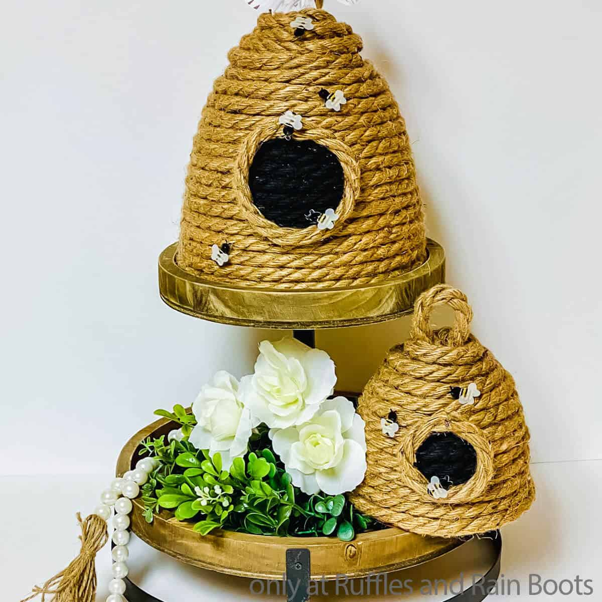 make a beehive from flower pots
