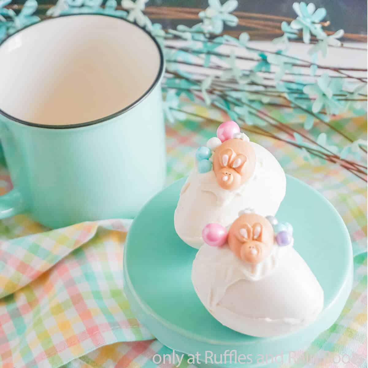 hot cocoa bomb recipe for easter
