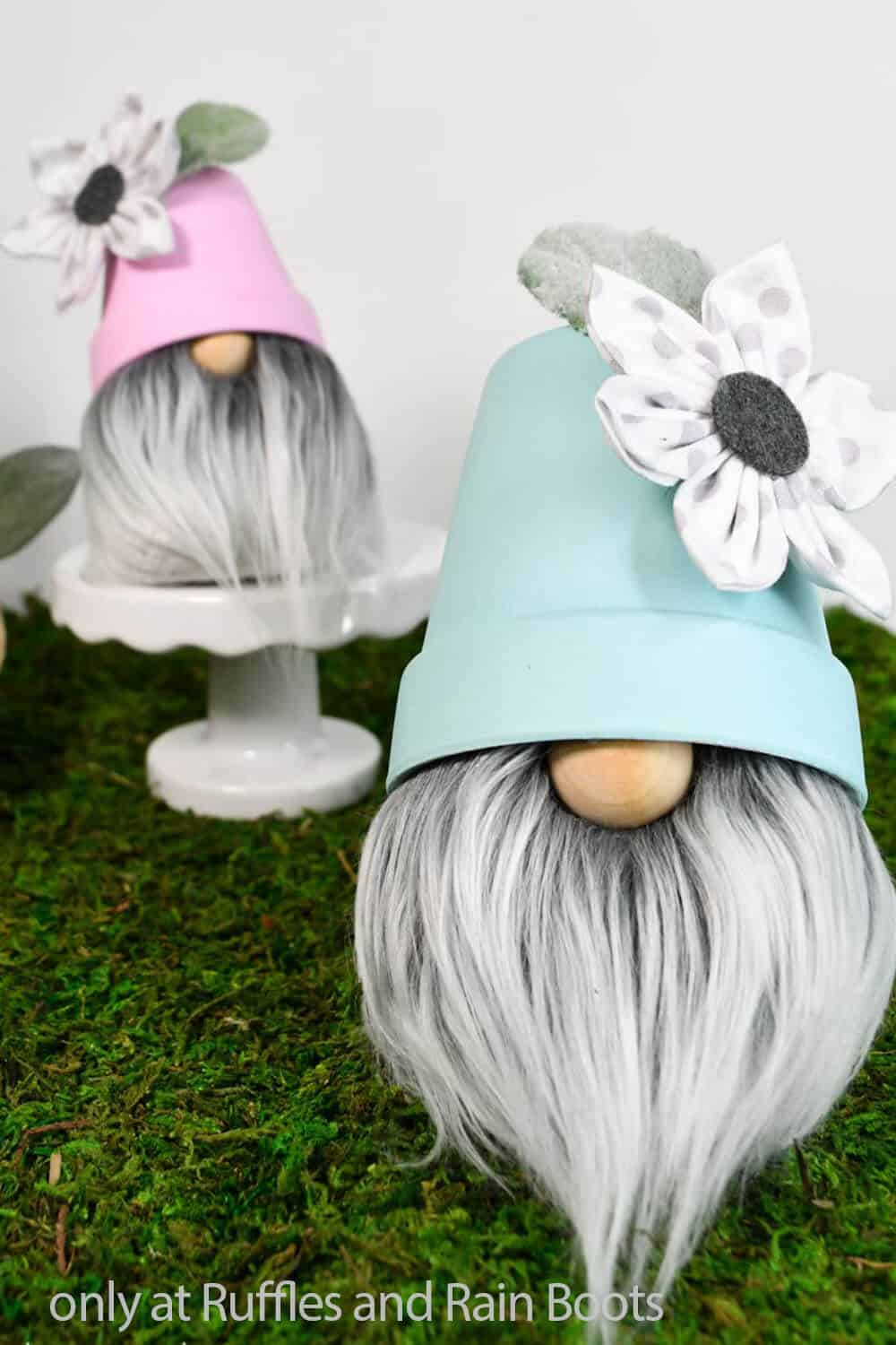 diy spring gnome with a pot hat