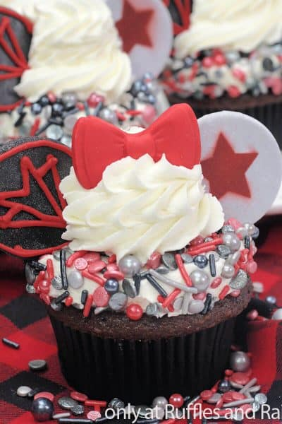 falcon and winter soldier cupcakes