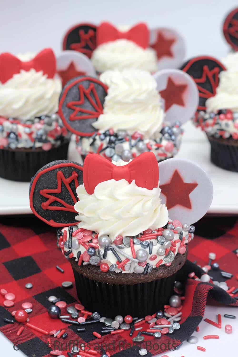 falcon and winter soldier avengers party cupcakes