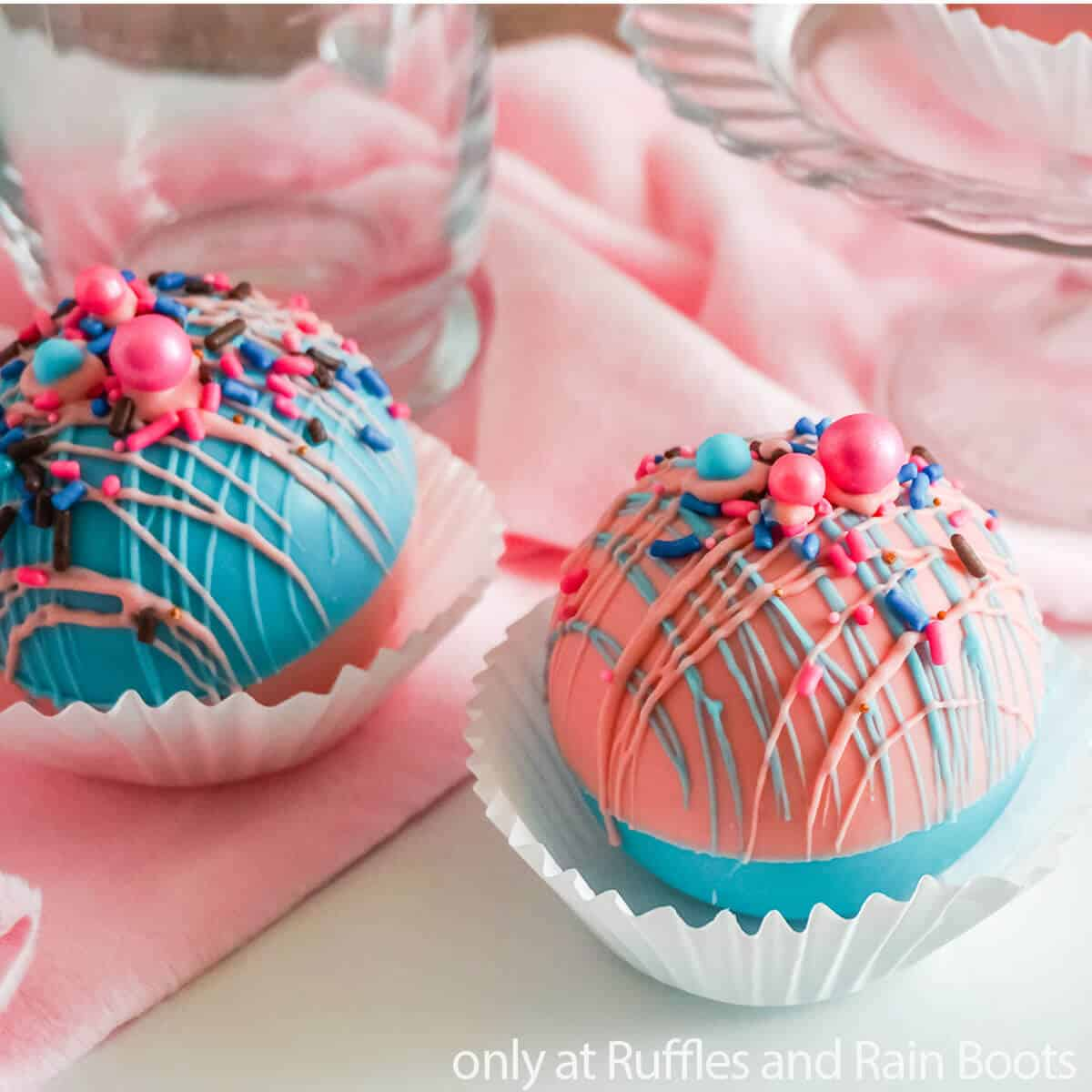 simple hot chocolate bomb recipe with cotton candy flavoring