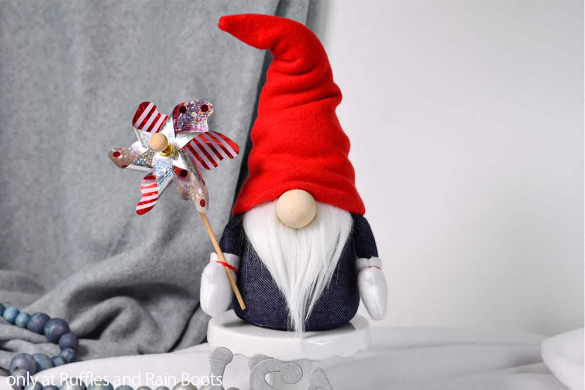 pattern to make a gnome for july 4th