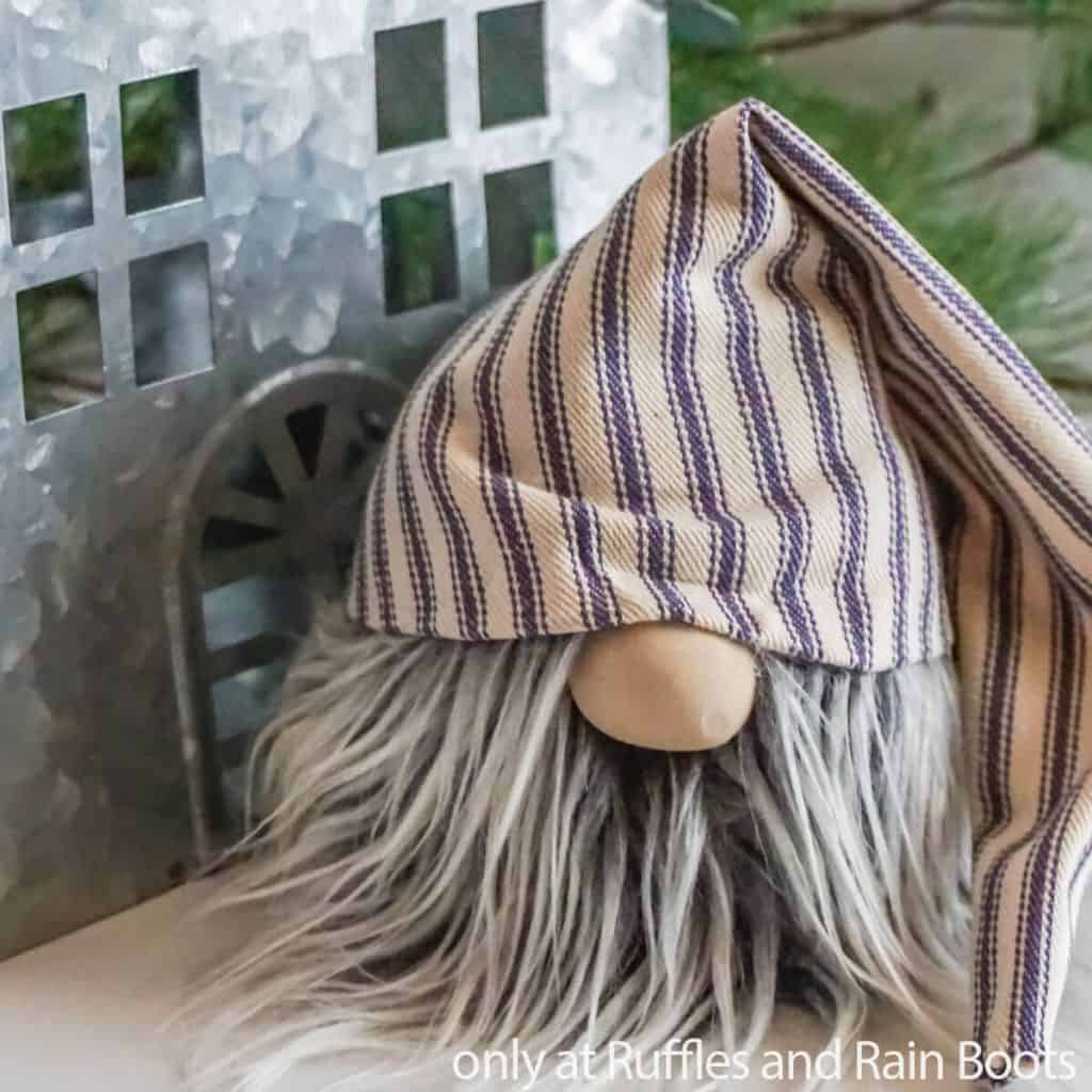 slouchy hat no-sew gnome for farmhouse decor
