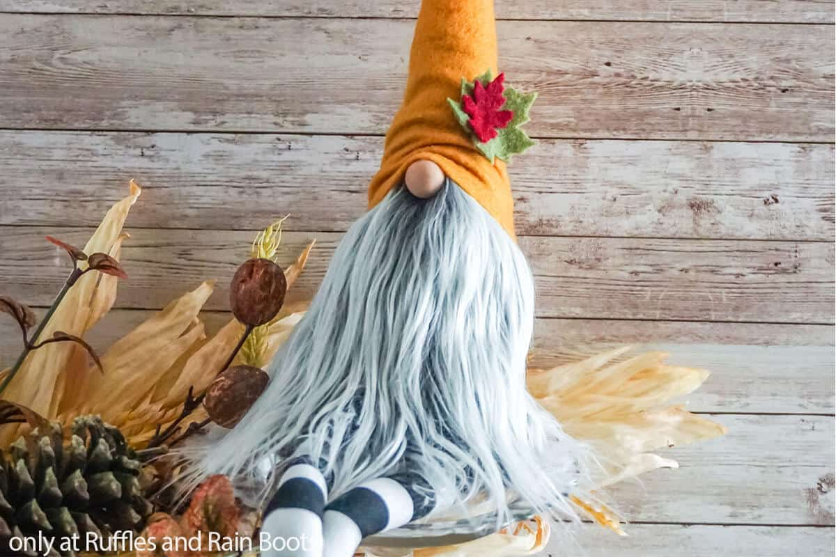 fall gnome with legs