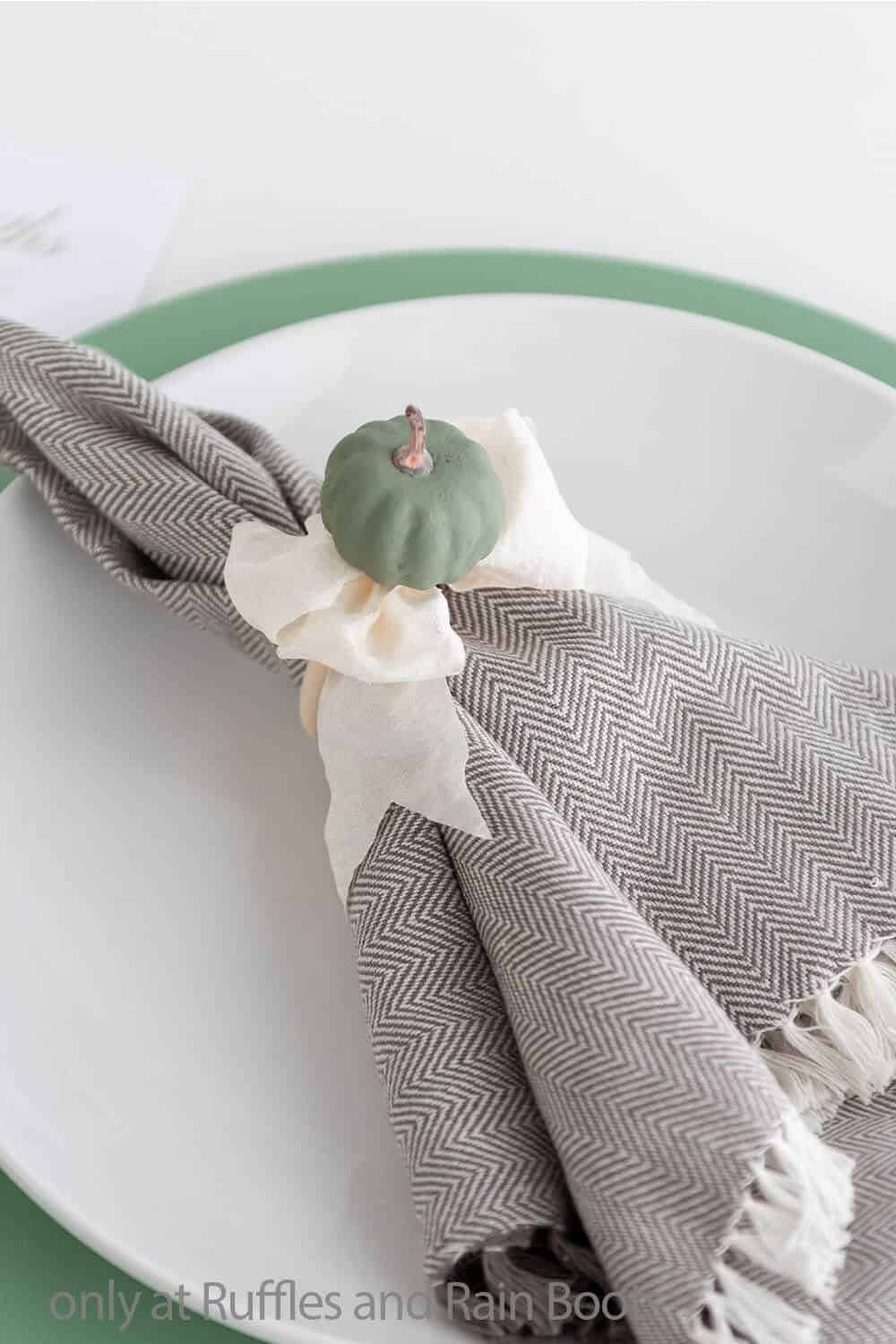 napkin ring craft for fall tablescape