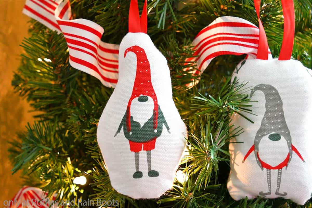 holiday gnome ornament from a napkin